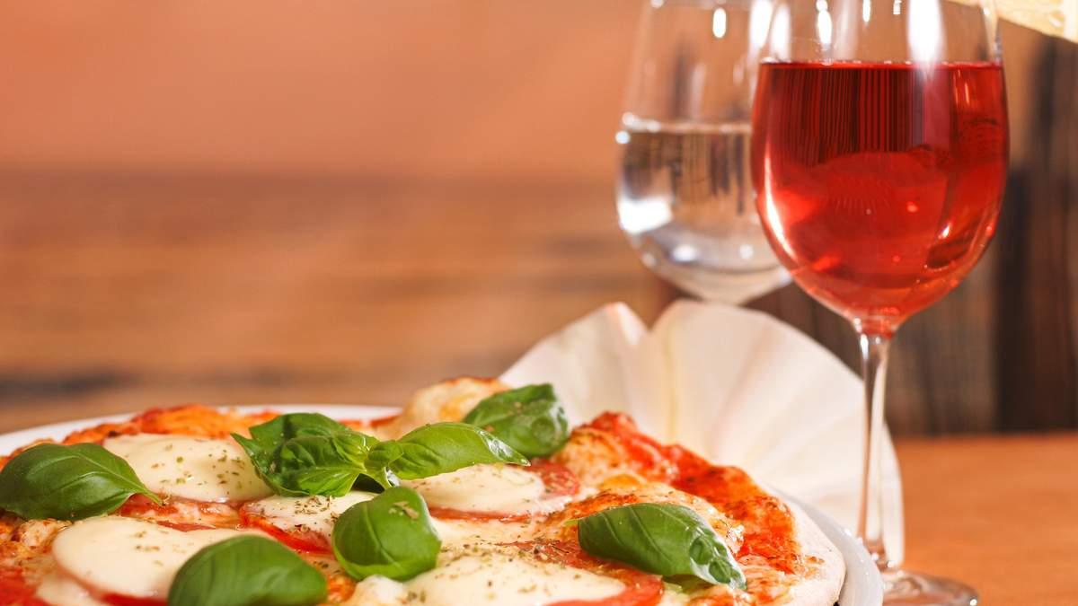 Подача вина дома и в ресторане: особенности