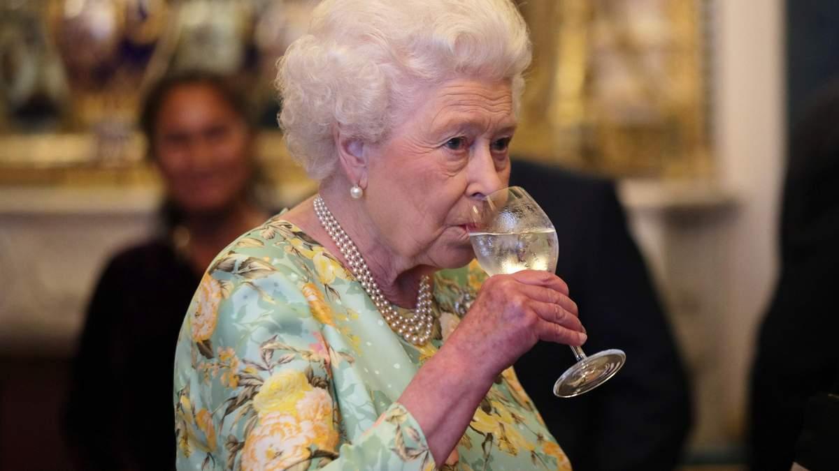 Яке вино п'ють зірки та знаменитості