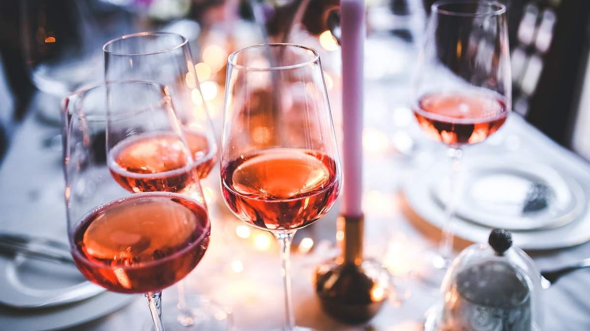 Суперрозе: найцікавіші факти про рожеве вино