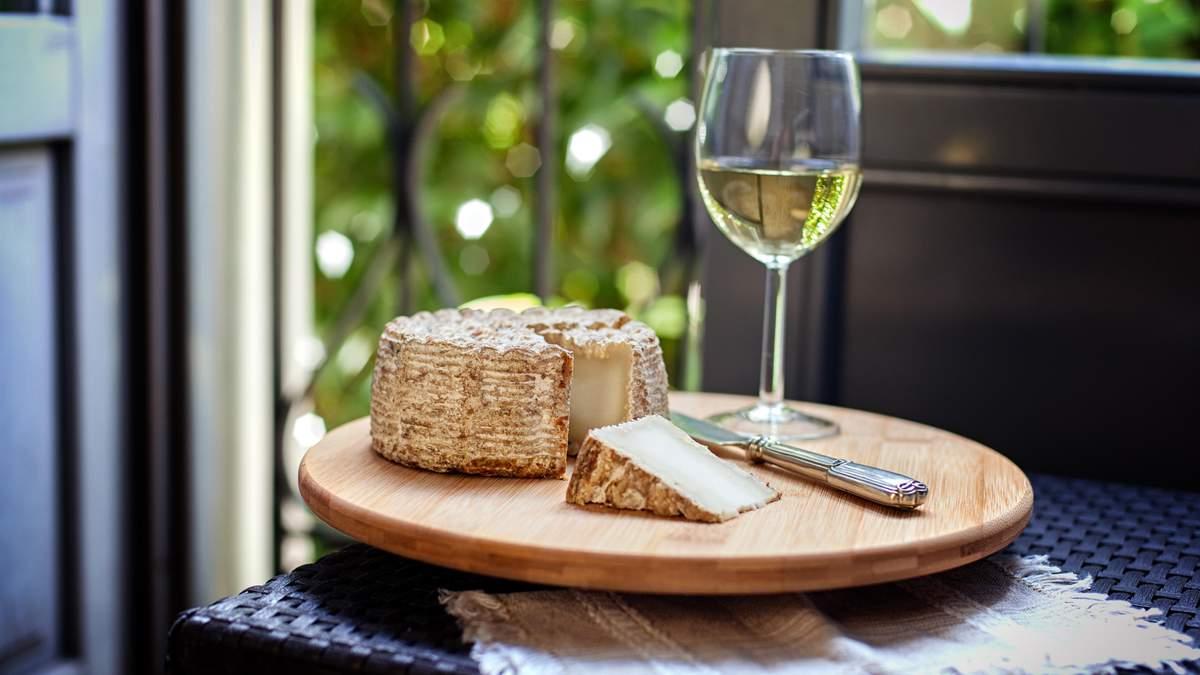 Нові цікаві поєднання вина та сиру