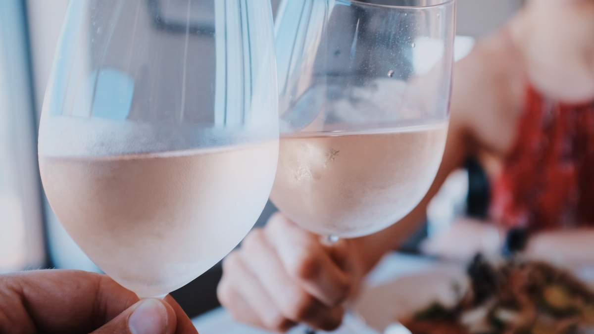Як вибрати келихи для вина