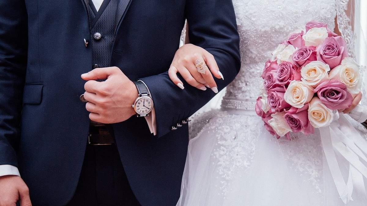 Золоте, залізне, червоне: чому весілля так дивно називають — частина 2