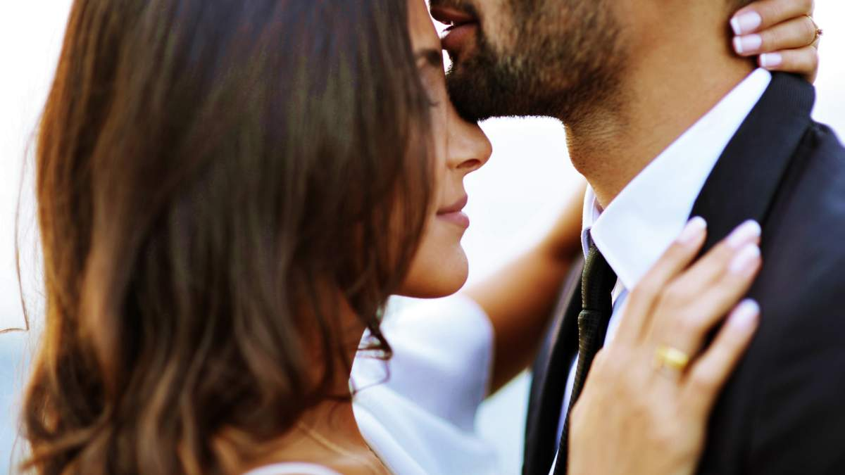 Существует целых 5 языков любви: как их правильно использовать – советы эксперта