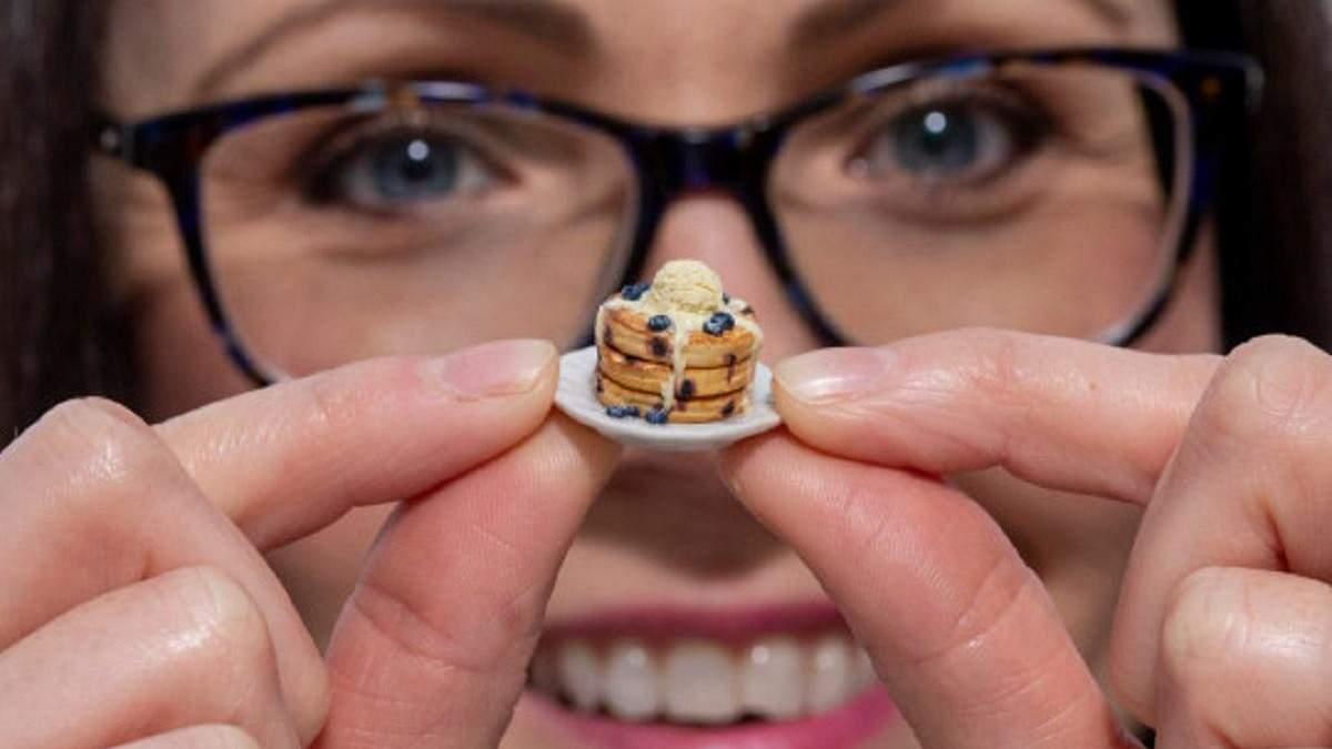 Менше мізинця: жінка створює крихітні страви для лялькового будиночка - фото - Life