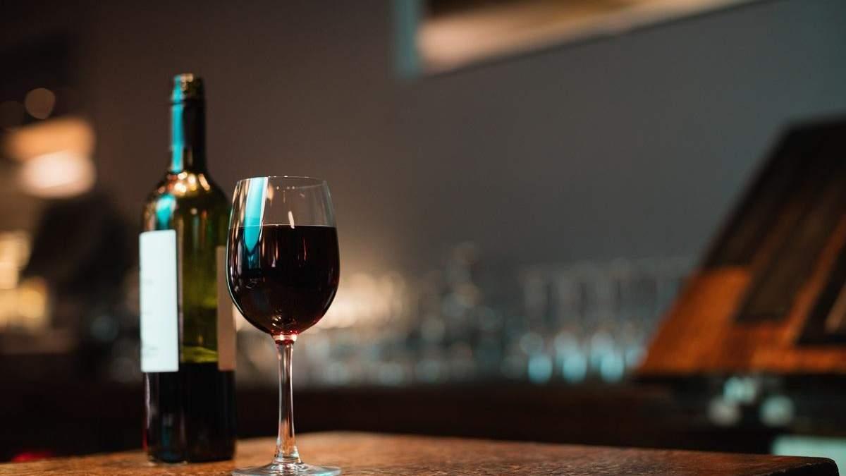 Скільки може зберігатись відкрита пляшка вина