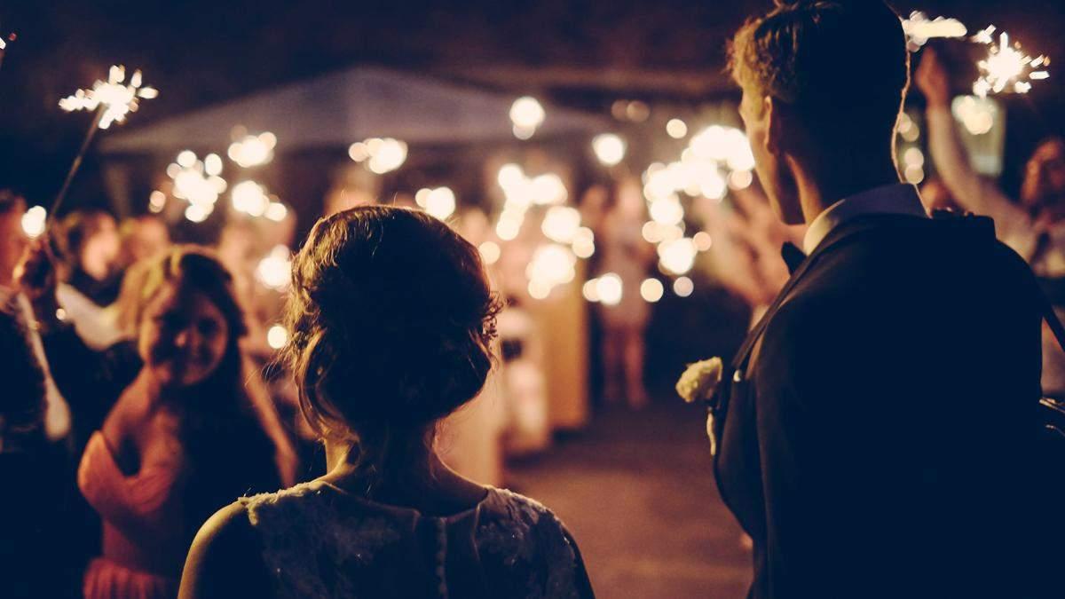 Пара удивила гостей странной просьбой перед свадьбой: что они хотели