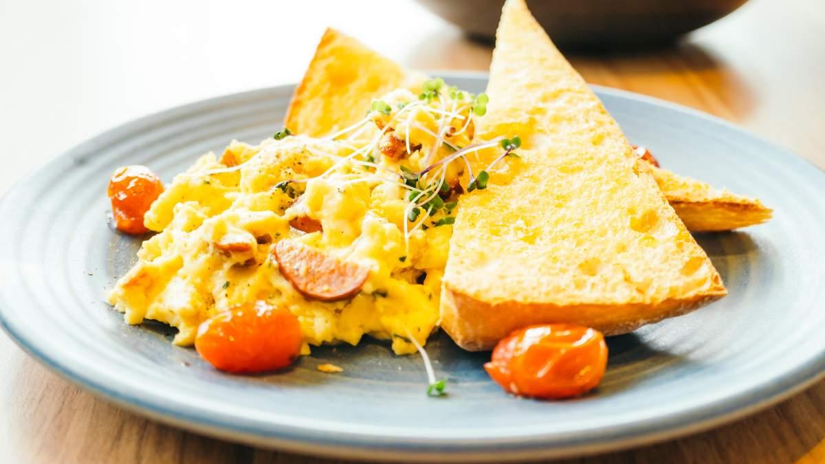 Як приготувати ідеальний скрембл з яєць: кухар поділився простим секретом - Life
