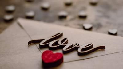 Найкращий спосіб виразити почуття: 6 правил, щоб написати незабутній любовний лист