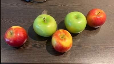 Чоловік здивував працівників готелю проханням: для чого йому 5 яблук