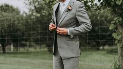 Жених выгнал наглого родственника со своей свадьбы: в чем причина
