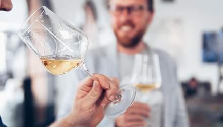 Де у вина аромат, а де – букет: розбираємось у деталях