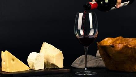 Вино і сир можуть захистити від хвороби Альцгеймера: дослідження вчених