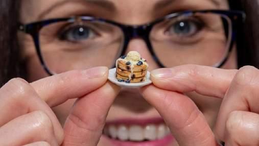 Меньше мизинца: женщина создает крошечные блюда для кукольного домика – фото