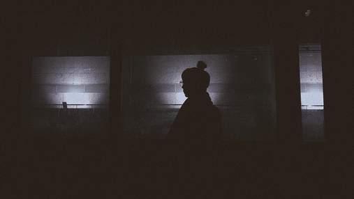Сюрприз с 60-х: женщина нашла в своем доме тайник с фильма ужасов