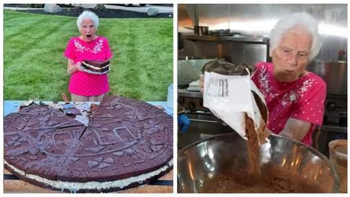 95-річна бабуся спекла найбільше у світі Орео: фото печива-рекордсмена